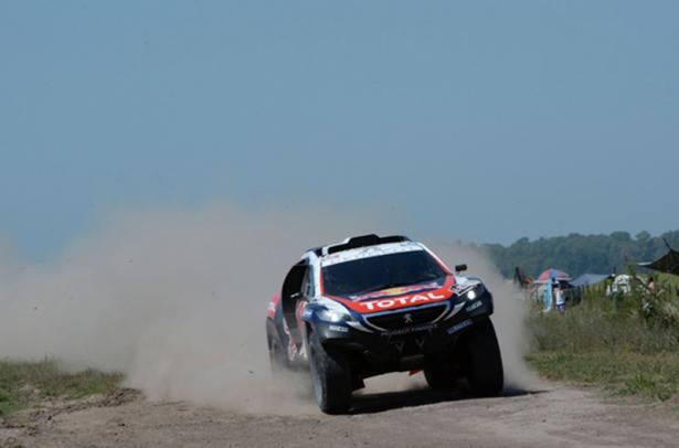 Peugeot-2008-DKR-Dakar-2015-Peterhansel-2