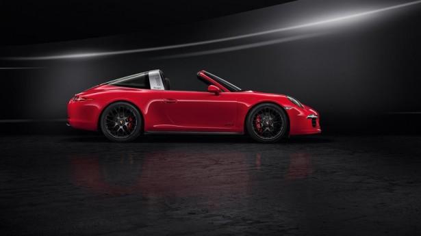 Porsche-911-Targa-4-GTS-NAIAS-2015-Detroit-3