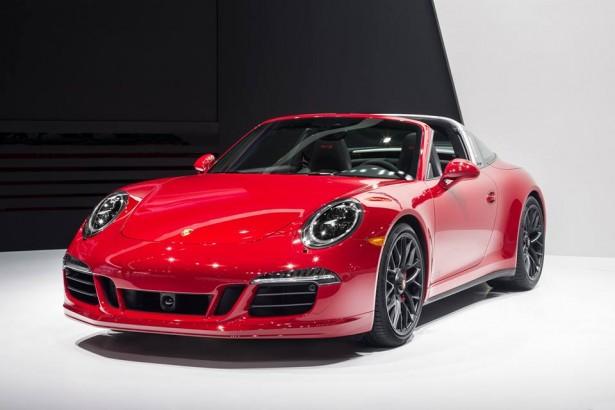 Porsche-911-Targa-4-GTS-NAIAS-2015-Detroit