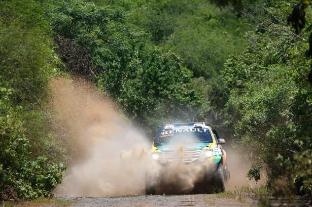 Renault-Duster-Carlos-Spataro-Dakar-2015-11