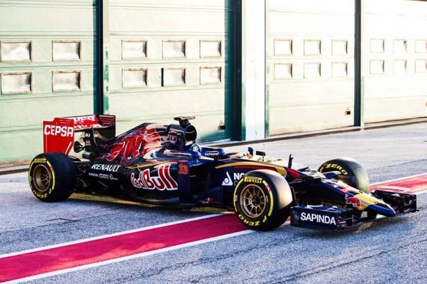 Scuderia-Toro-Rosso-STR10-F1-2015