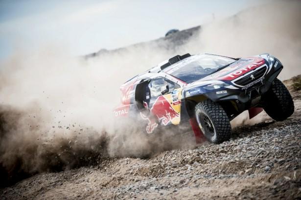 carlos-sainz-Dakar-2015-Peugeot-2008-DKR