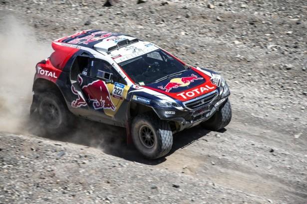 stephane-peterhansel-Dakar-2015-Peugeot-2008-DKR-44