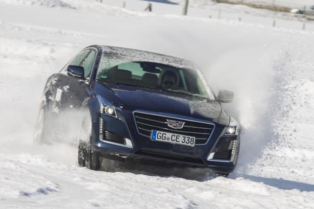 Cadillac Winter Test Drive : tout schuss en Suisse !