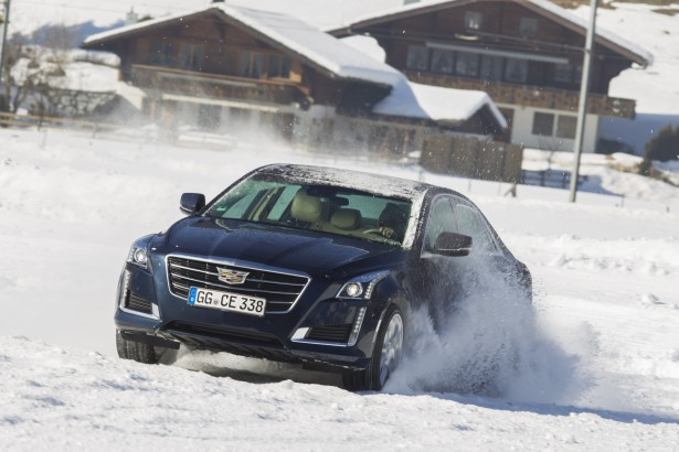 Cadillac-Winter-Drive-gstaad-2015-Experience-cts-v-35