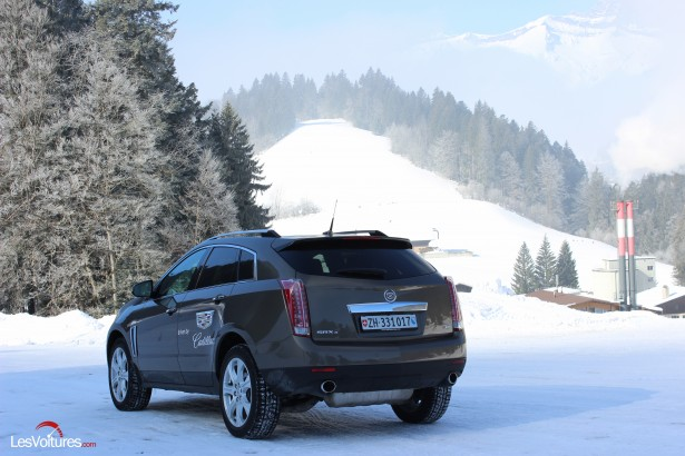 Cadillac-Winter-Test-Drive-Gstaad-2015-12