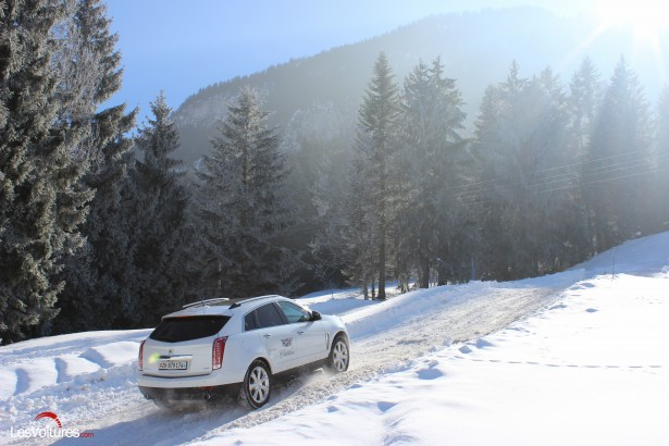 Cadillac-Winter-Test-Drive-Gstaad-2015-18
