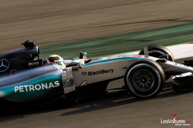 Formule-1-tests-Barcelone-2015-McLaren-Mercedes-W06-Hybrid