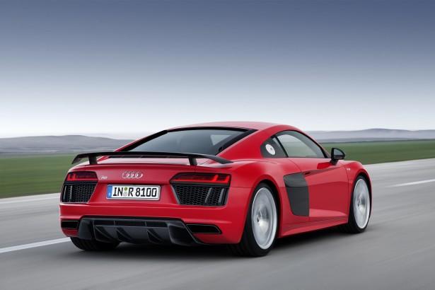 Geneve-2015-Audi-R8-e-tron-quattro-S-Tronic