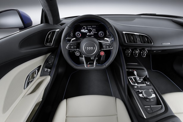Geneve-2015-Audi-R8-e-tron-quattro-interior
