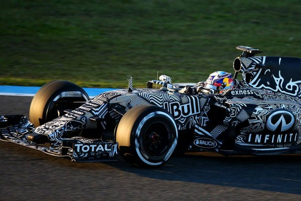 Infinit-Red-Bull-Racing-rb11-2015-F1-2