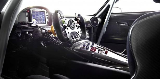 Mercedes-AMG-GT3-2015-2
