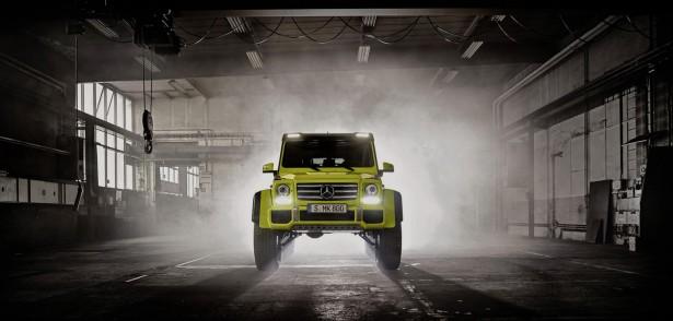 Mercedes-Benz-G-Class-500 4x4²