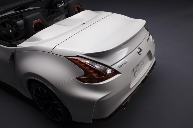 Nissan-370Z-Nismo-Roadster-Concept-chicago-2015-12