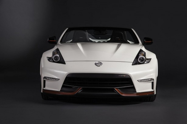 Nissan-370Z-Nismo-Roadster-chicago-2015-4