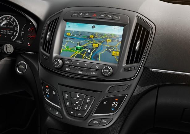 Opel-Insigna-interieur-2015