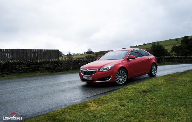 Opel-Insignia-CDTI-2015-2