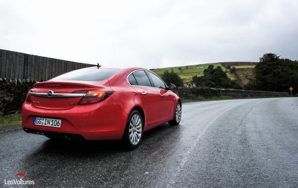 Opel-Insignia-CDTI-2015-3