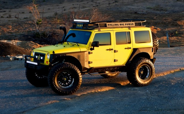 Rolling-Big-Power-Jeep-Wrangler-bigfoot