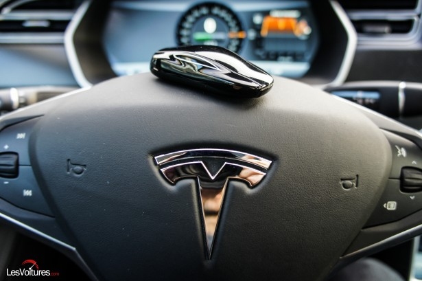 Tesla-S-17