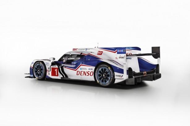 FIA-WEC-Toyota-TS040-HYBRID-2015-11
