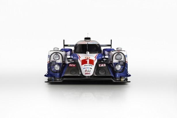FIA-WEC-Toyota-TS040-HYBRID-2015-12