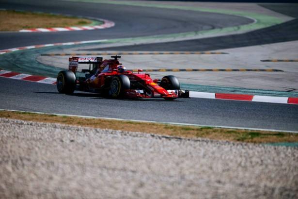 Ferrari-F1-barcelone-essais-2015-Kimi-Räikkönen