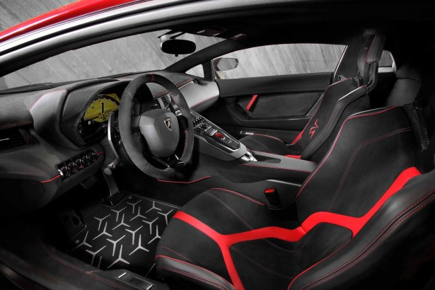 Lamborghini-aventador-lp-750-4-2015