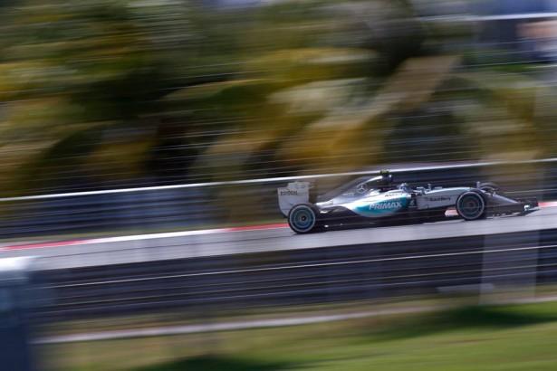 Lewis-Hamilton-mercedes-amg-petronas-gp-f1-malaisie-2015-2