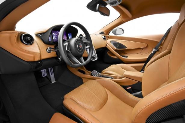 McLaren-570s-coupe-2015-11