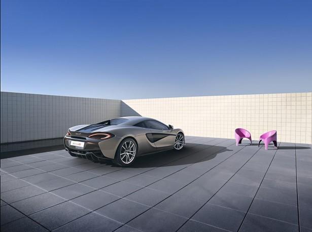 McLaren-570s-coupe-2015-12