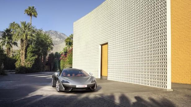 McLaren-570s-coupe-2015-14