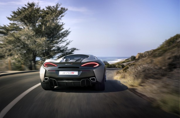 McLaren-570s-coupe-2015-16