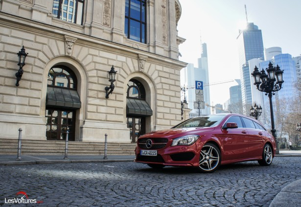 Mercedes-CLA-Shooting-Brake-250-4Matic-17