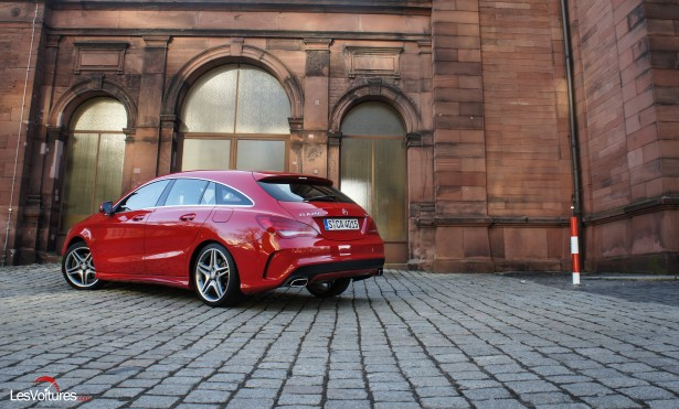 Mercedes-CLA-Shooting-Brake-250-4Matic-3