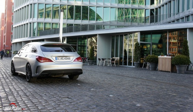 Mercedes-CLA-Shooting-Brake-45-AMG-15