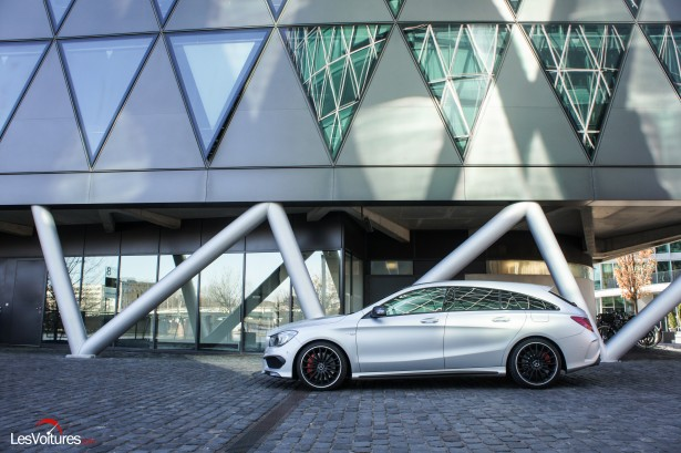 Mercedes-CLA-Shooting-Brake-45-AMG-7