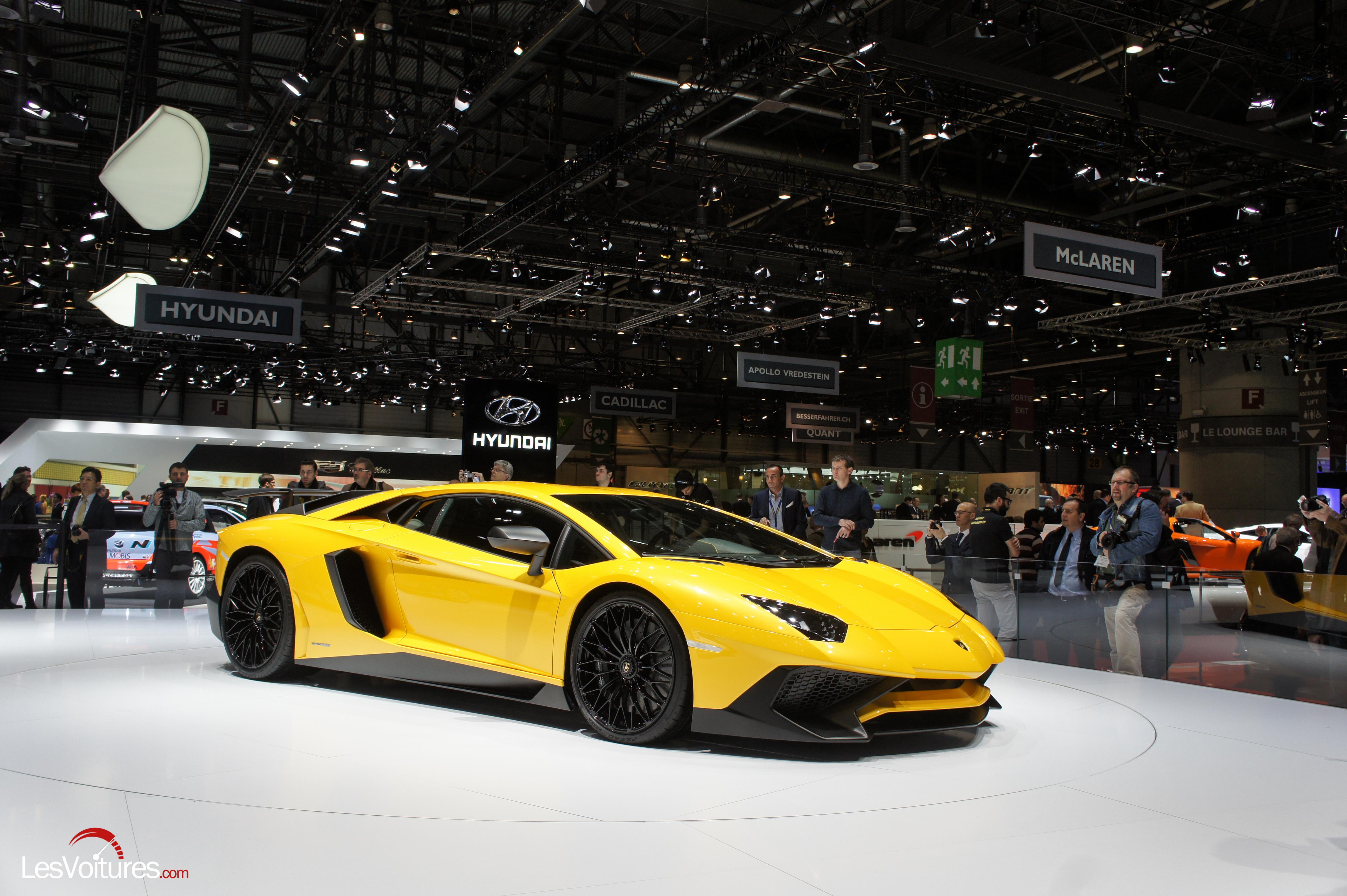 Salon-Genève-2015-12-Lamborghini-Aventador-LP-750-4-sv-Super-Veloce