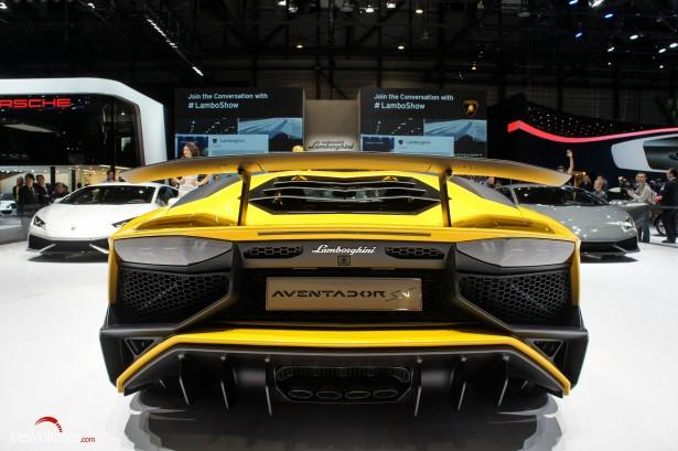Salon-Genève-2015-16-Lamborghini-Aventador-LP-750-4-sv-Super-Veloce