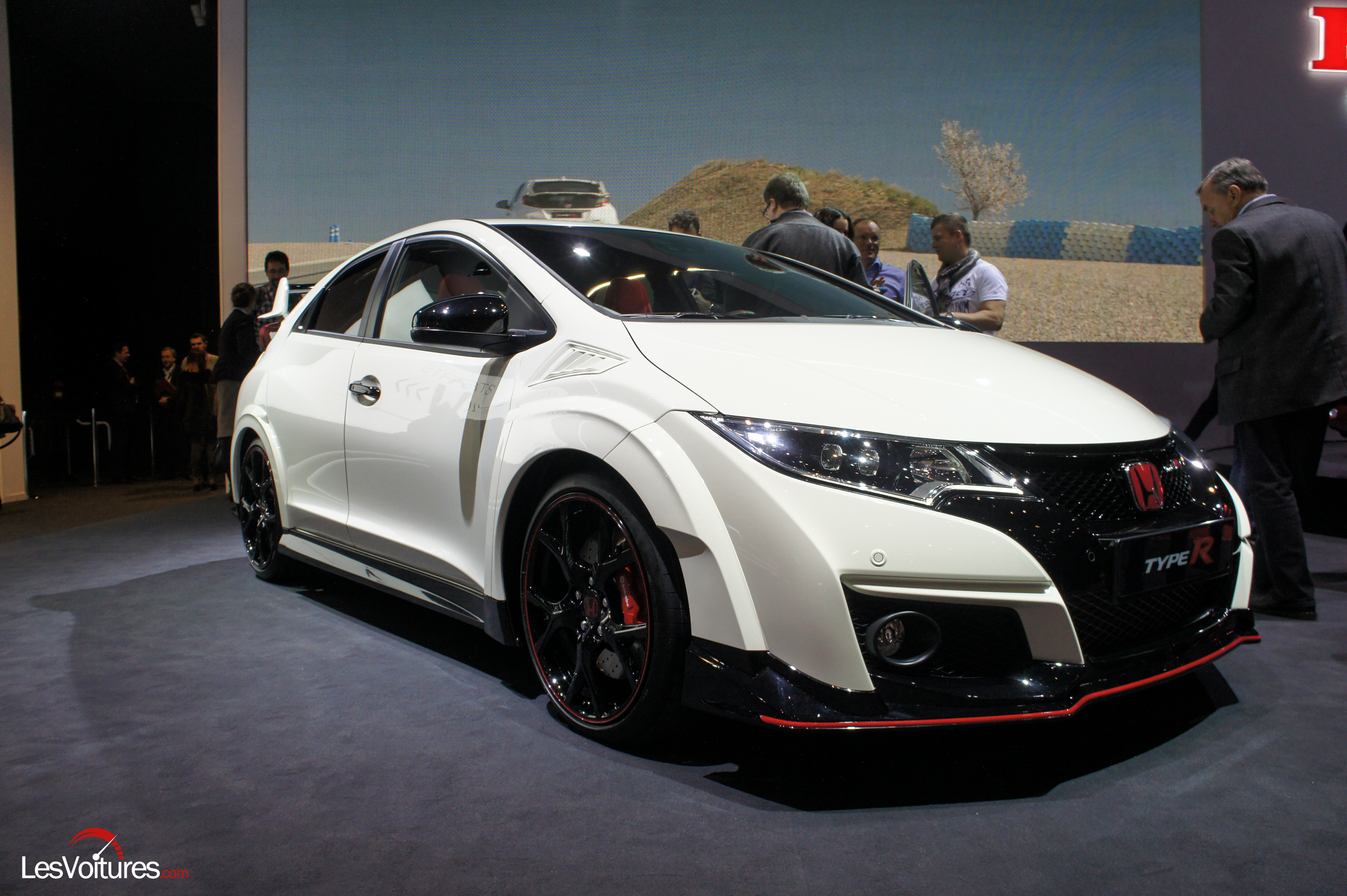 honda delivers first specs for 2015 civic type r with. Black Bedroom Furniture Sets. Home Design Ideas