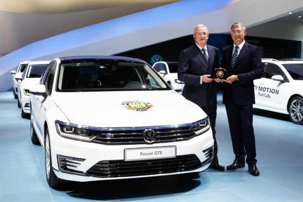 Volkswagen-Passat-car-of-the-year-2015-voiture-annee-2015-8