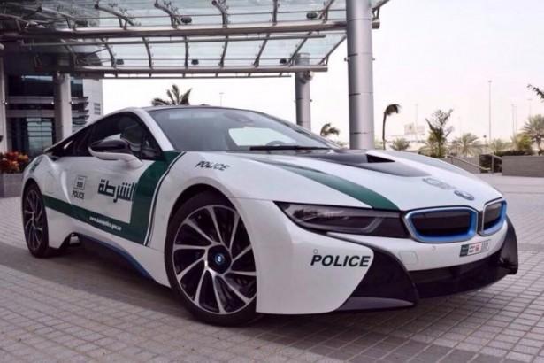 bmw-i8-police-dubai-2