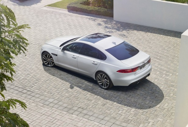 jaguar-xf-2015-berline-6