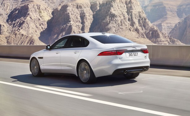 jaguar-xf-2015-berline-7