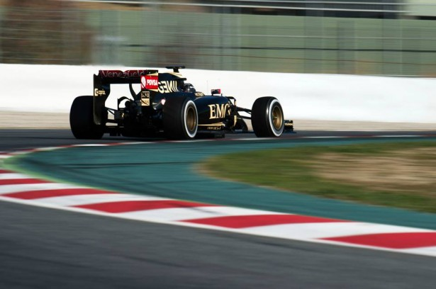 romain-grosjean-lotus-f1-team-F1-essais-2015-Barcelone-2