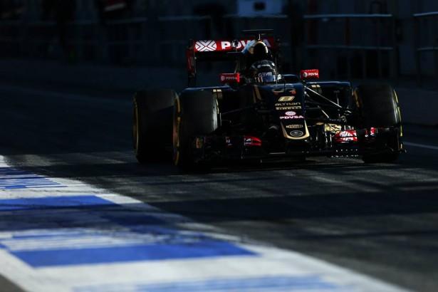 romain-grosjean-lotus-f1-team-F1-essais-2015-Barcelone