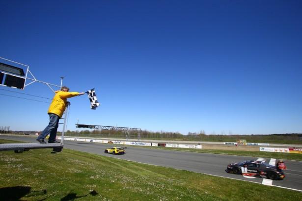 Blancpain-gt-series-nogaro-sprint-series-BMW-Z4-GT3