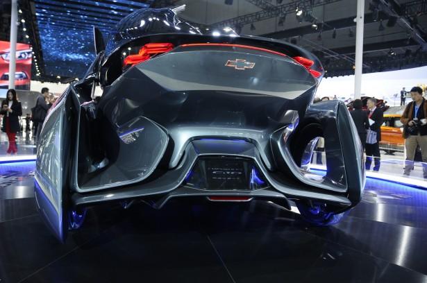 Chevrolet-FNR-Concept-2015-shanghai-3