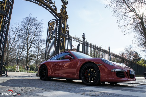 Porsche-911-Carrera4-GTS-11