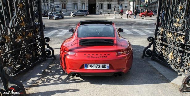 Porsche-911-Carrera4-GTS-13